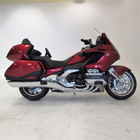 Pre-Owned 2018 Honda GL1800 Gold Wing Tour