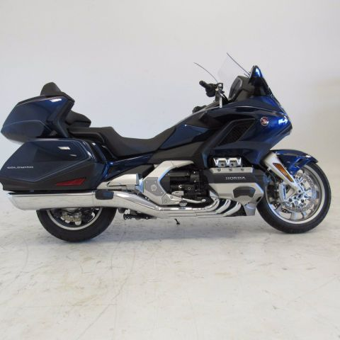 Pre-Owned 2018 Honda Goldwing Tour DCT